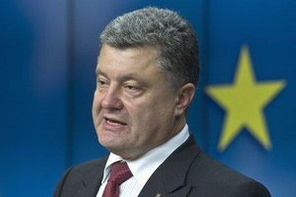 Porošenko pozval Kisku na Ukrajinu.