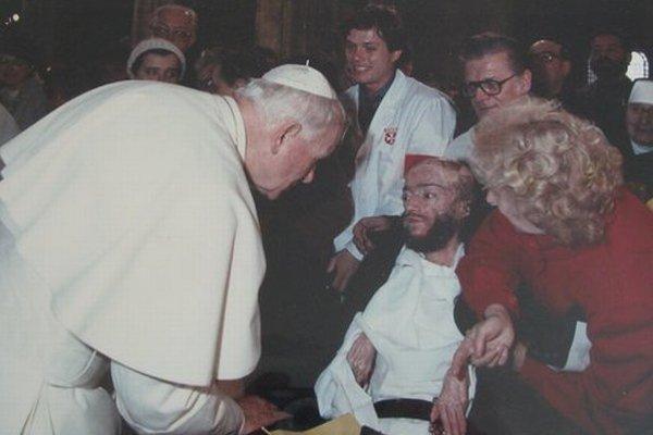 Stretnutie s pápežom Jánom Pavol II. v Prahe.