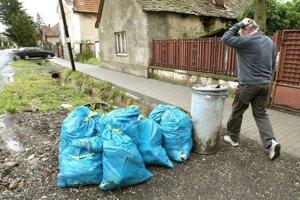 Starosta si musí vedieť poradiť napríklad aj s odpadom. Potrebuje na to maturitu?
