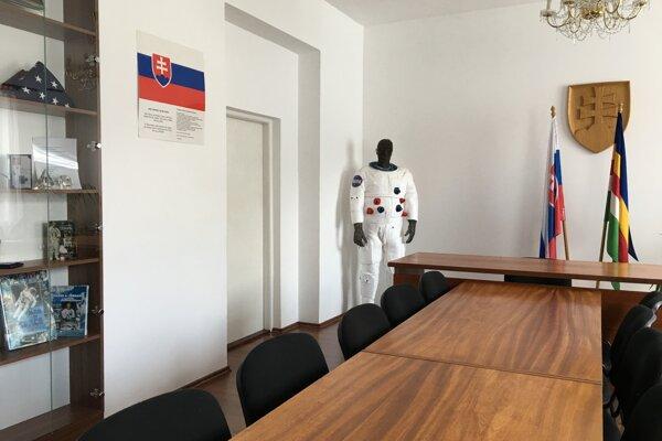 Pamätná izba E. A. Cernana vo Vysokej nad Kysucou.