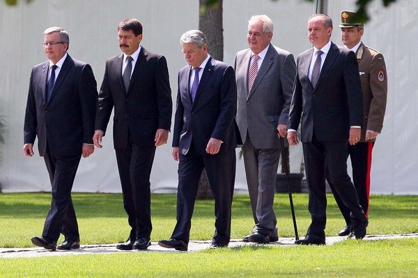 Prezidenti Bronislav Komorowski, János Áder, Joachim Gauck, Miloš Zeman a Andrej Kiska sa stretli pri príležitosti 25. výročia pádu komunizmu.