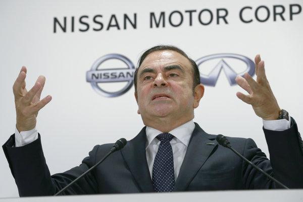 62-ročný Carlos Ghosn bude riadiť tri automobilky.