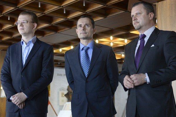 Miroslav Beblavý s Radoslavom Procházkom a Andrejom Hrnčiarom.