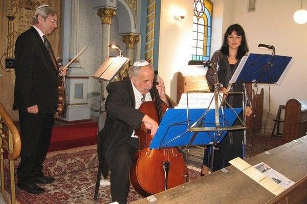 Koncert židovskej hudby v synagóge v Nových Zámkoch.