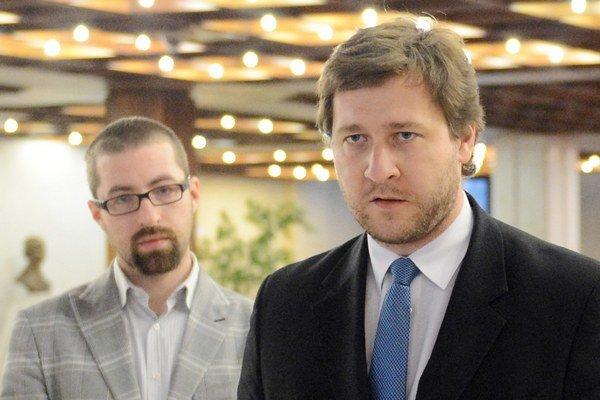 Zľava Martin Poliačik (SaS) a Miroslav Kadúc (OĽaNO).