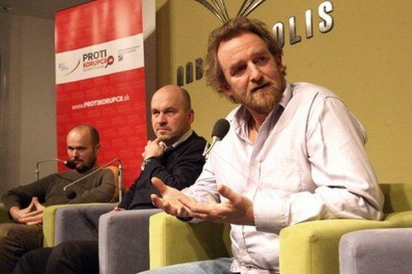 Peter Holúbek, Vladimír Suchodolinský a Tom Nicholson.