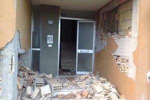 Po augustovom zemetrasení zasiahlo centrum krajiny včera ďalšie.