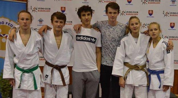Džudisti Junioru na dorasteneckom šampionáte v Bardejove.