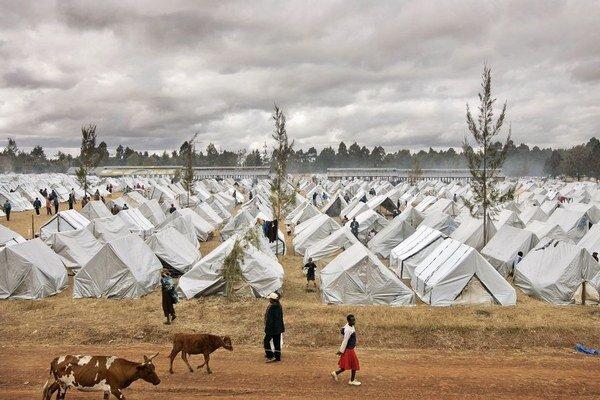 Viac pomoci smeruje zo Slovenska do Afriky, menej na Balkán.