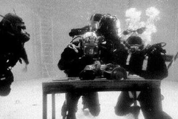 Pri výcviku potápania nie podstatný typ potápačskej školy, ale skôr konkrétny inštruktor a jeho charakter práce.foto - sita/ap