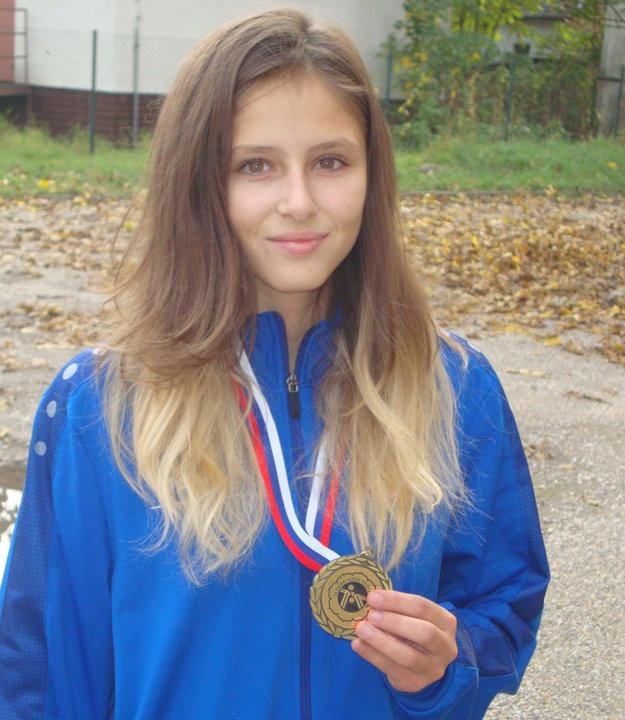 Zlatom ovenčená Veronika Útisová.