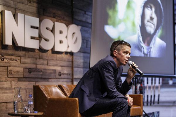 Keď prišiel Jo Nesbo na Slovensku, už bol okolo neho ošiaľ. prvé tri tituly však vôbec nenaznačovali, že by mohlo ísť o fenomén.