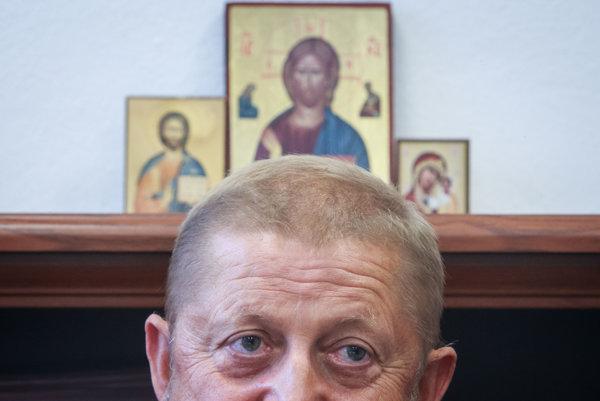 Bývalý šéf Najvyyšieho súdu a exminister spravodlivosti Štefan Harabin prišiel o funkcie, no pozornosť púta naďalej.
