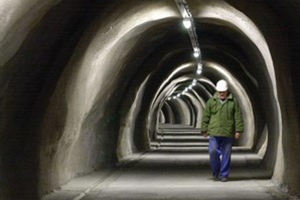Tunel Branisko má len jednu rúru. Štát vraj na druhú nemá peniaze. Na snímke prieskumná štôlňa.