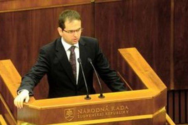 Predseda Ústanoprávneho výboru Róbert Madej.