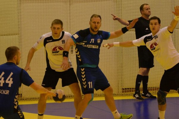 Topoľčany doma prekvapujúco nestačili na Hlohovec a prehrali až o deväť gólov.