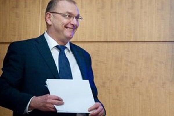 Vicepremiér pre investície Ľubomír Vážny