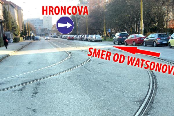 Boženy Němcovej. V tomto úseku bude možné autom prejsť len z  Watsonovej po odbočku na Hroncovu. V opačnom smere bude ulica neprejazdná.