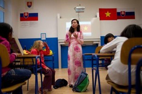 S vietnamčinou začali aj slovenské deti, zostali najmä vietnamské.
