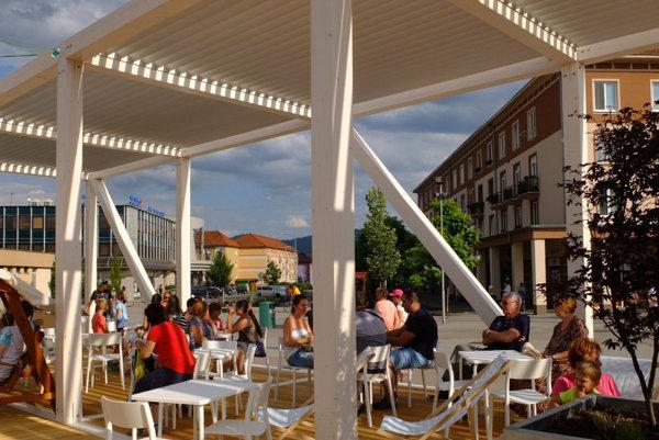 Tržnica by mala korešpondovať s architektúrou Letného pavilónu.