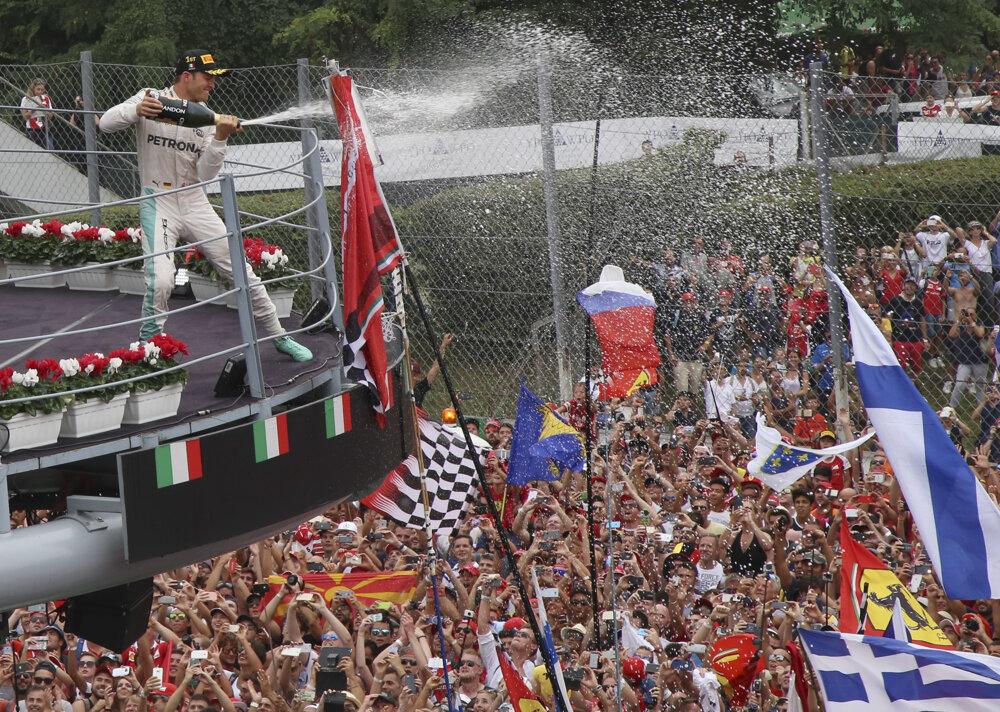 Veľkú cenu Talianska vyhral Nico Rosberg.