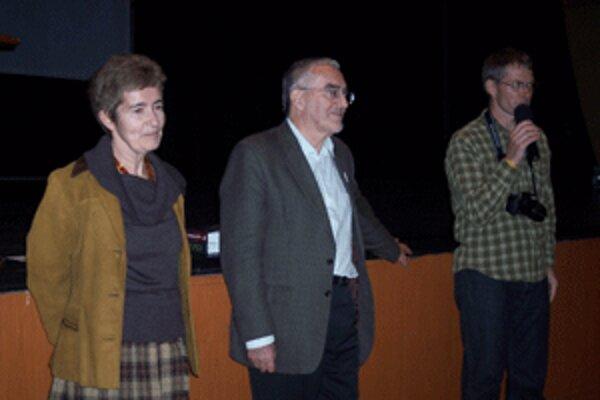 Zora a Martin Bútorovci porozprávali študentom veľa zaujímavého.
