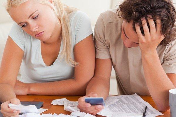Mladí ľudia dnes zvažujú každý cent, len aby si mohli dovoliť bývať. Hoci aj v prenájme.