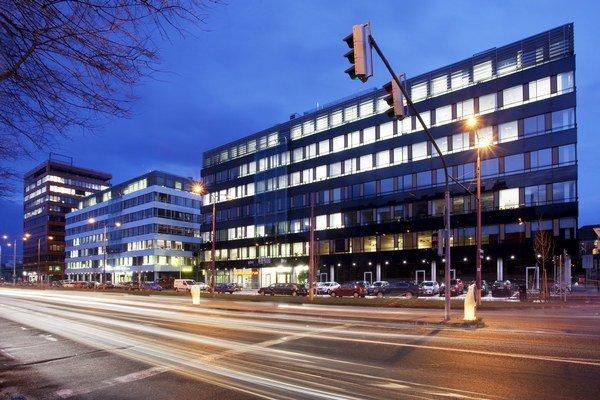 Predaj troch budov kancelárskeho komplexu City Business Center III – V je prvou významnou investičnou transakciou v oblasti komerčných nehnuteľností v tomto roku.