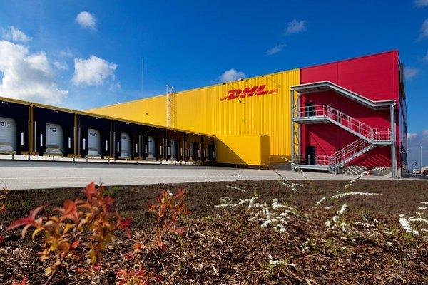 Nová hala DHL Express postavená na mieru pozostáva z 2 704 štvorcových metrov skladových priestorov a 788 štvorcových metrov kancelárskych plôch.