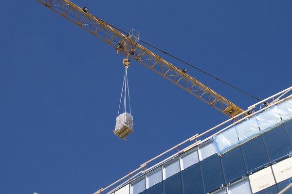 Predstavitelia firiem boli pôvodne optimistickejší, no pôvodné očakávania z úvodu roka sa znížili s tým, ako sa počas roka odsúvali zákazky a začiatok výstavby projektov.