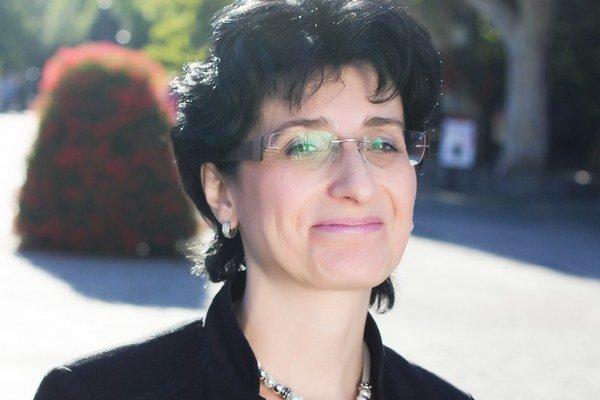 Cristina Dumitrache.