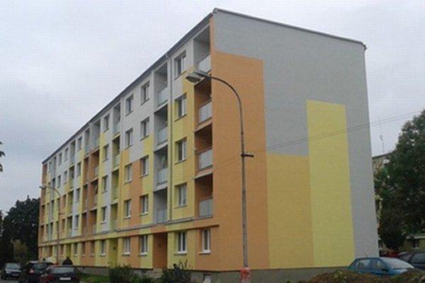 V Leviciach zrekonštruovali bytovku bez kompromisov