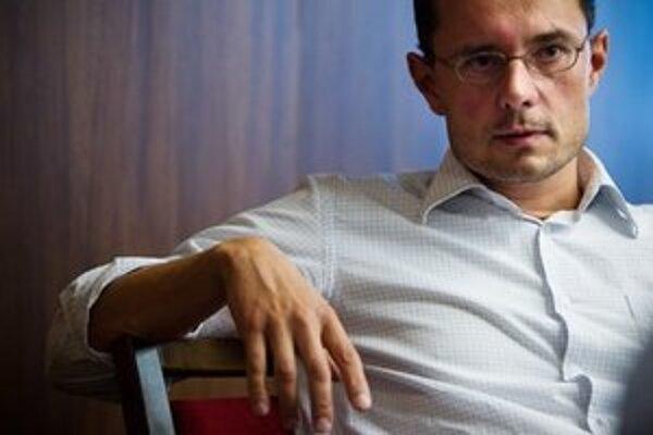 Radoslav Procházka sa k vzniku hnutia Daniela Lipšica stavia kriticky, ale spoluprácu neodmieta.