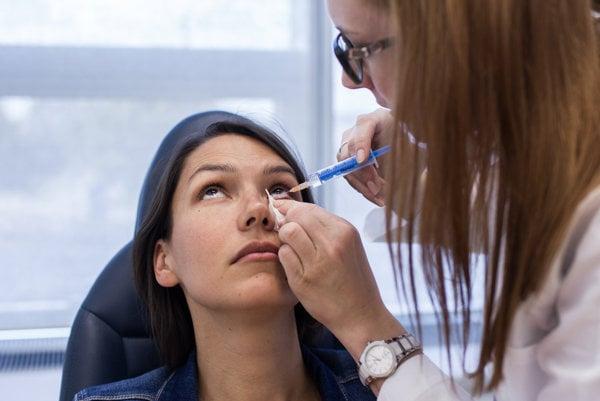 Ľuďom, ktorí majú zelený zákal sa zužuje zorný uhol.  (ilustračné foto)