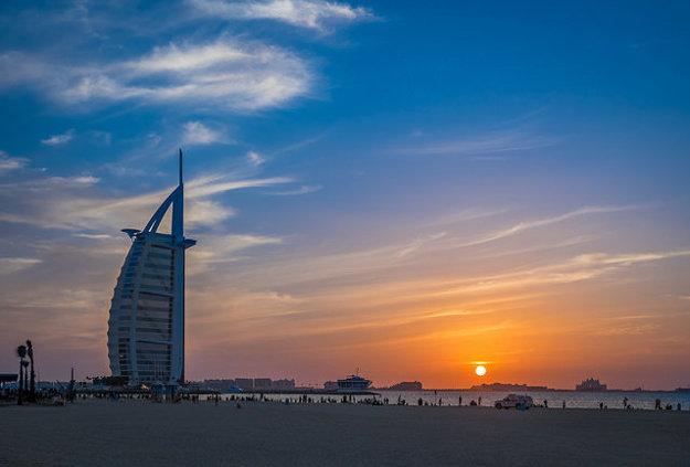 Hotel  Burj Al-Arab v Dubaji.
