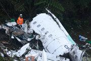 Lietadlo s futbalistami sa zrútilo v Kolumbii.