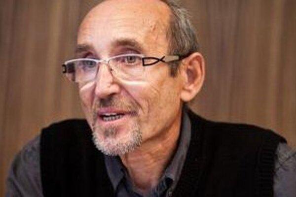 Zburín stratil v októbri 2011 dôveru členov Rady ŠPF.