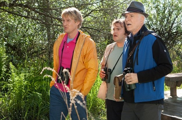 S Owenom Wilsonom a Stevom Martinom v komédii Rok vtákov (2011).