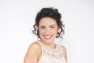 Herečka, moderátorka, speváčka, spisovateľka a najnovšie aj podnikateľka - Lucia Siposová toho stíha ozaj dosť.
