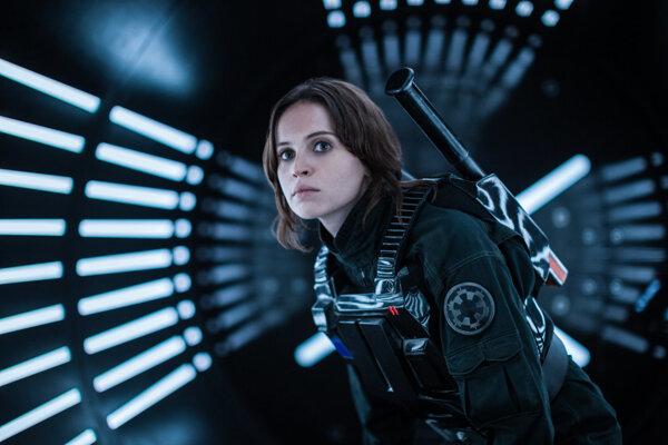 Hlavnú hrdinku si v Rogue One zahrala skvelá Felicity Jones. Škoda, že sa film nesústredil viac na jej postavu.