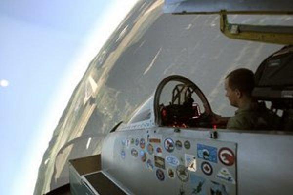 Letecký trenažér.