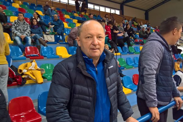 Tréner Dušan Pollák.