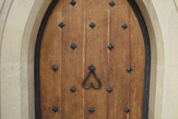 Tieto dvere vo svojich útrobách ukrývali starodávny odkaz.
