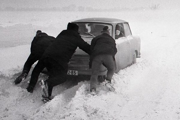 Cesty zasypal sneh.