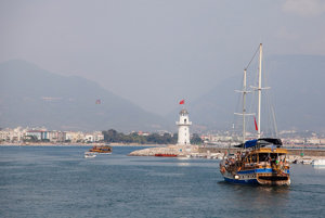 Alanya je obľúbené letovisko na Tureckej riviére.
