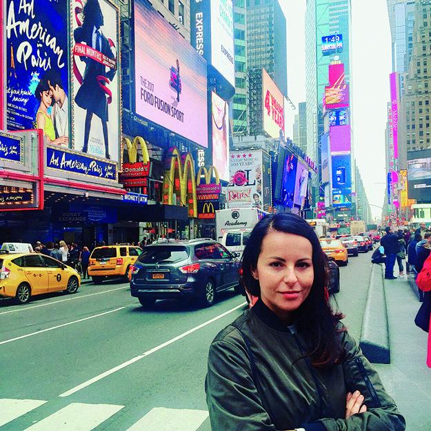 Počas návštevy New Yorku, kde Katka zahrala svoje piesne Slovákom a Čechom