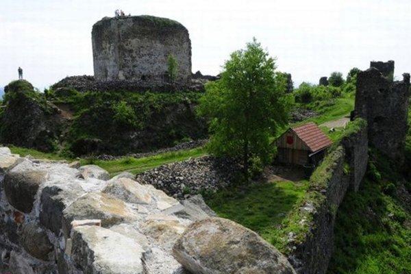 Šarišský hrad bude cieľom turistov aj na Silvestra.