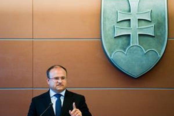 U ministra Jozefa Mihála riešia už druhý korupčný prípad v krátkom čase.