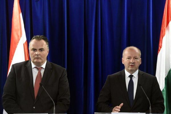 Hans Peter Doskozil (vpravo).