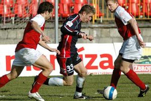 Juraj Kucka (v strede) je odchovancom prievidzského futbalu.
